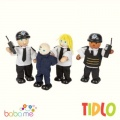 Tidlo Police Officers & Prisoner