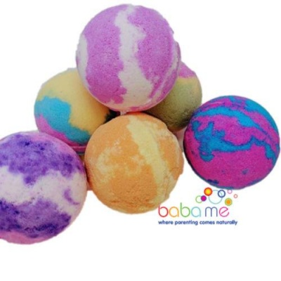 Daisy Rainbow Bath Bombs