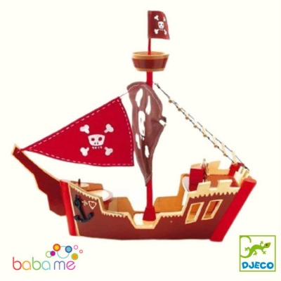 Djeco Ze pirate boat