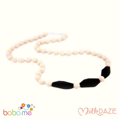 MilkDaze Charlotte Breastfeeding Necklace Cream/Black
